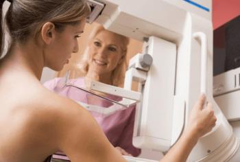 乳がん検診のエコーとマンモグラフィーはどっち