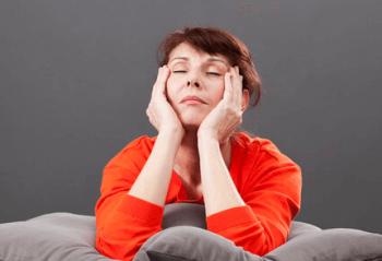 更年期障害というのは50歳前後の期間に起こる女性の症状