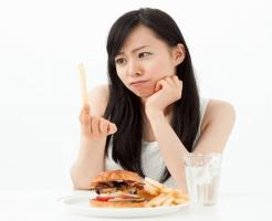 糖尿病の原因になる食事は?