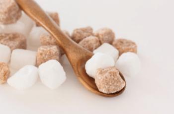 黒砂糖と白砂糖