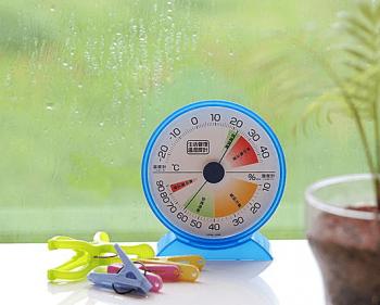室内の湿度は50~60%をキープする