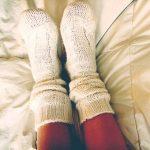 水虫は寝る時に靴下(五本指ソックス)をはくべき?布団の殺菌はどうする?